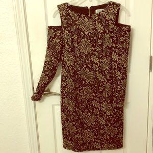 Eliza J Floral cutoff shoulder dress MAKE OFFER💕